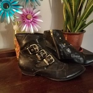 Dolce Vita Faux Leather Boots w/buckles